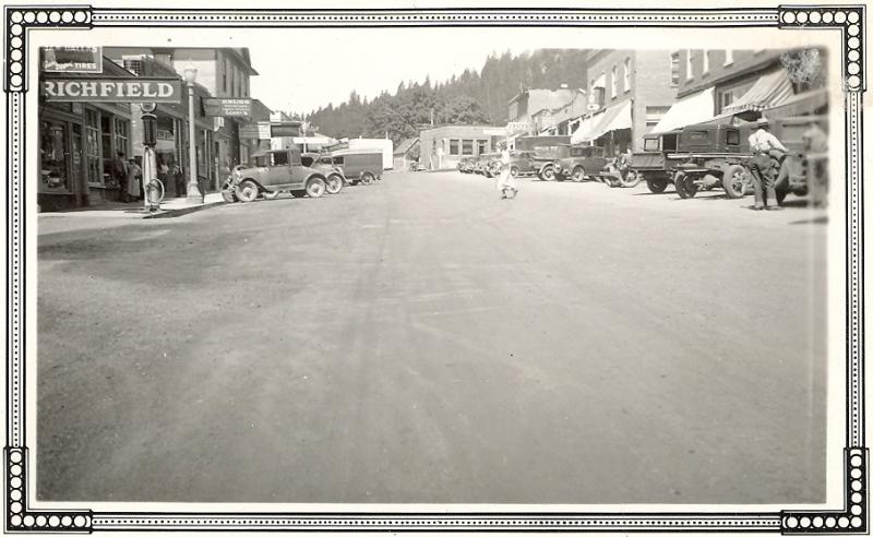 1920s White Salmon Jewett Blvd looking west