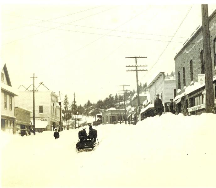 white-salmon-street-early-1900