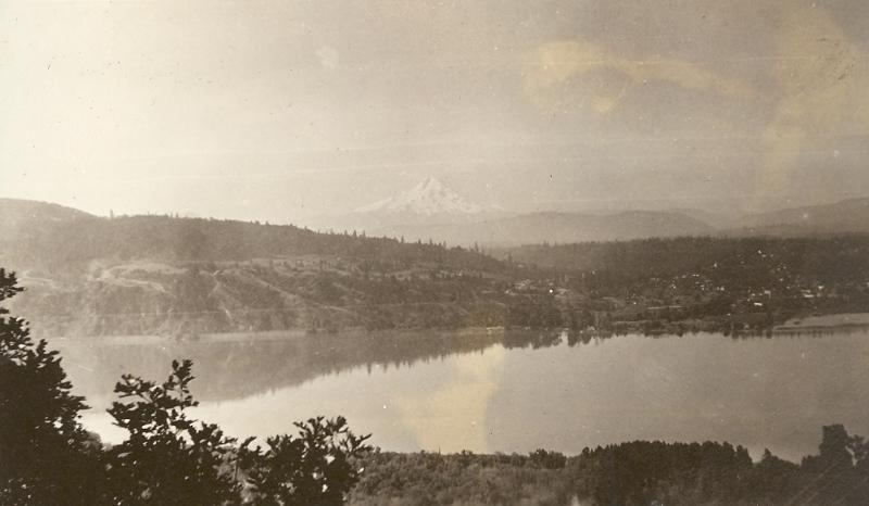 1920 Mt Hood