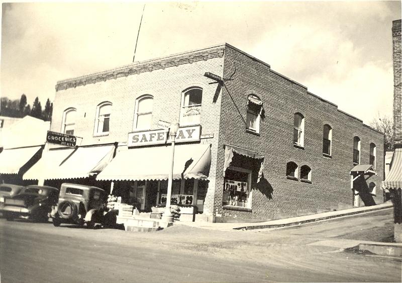 hunsaker-bldgcirca-1940