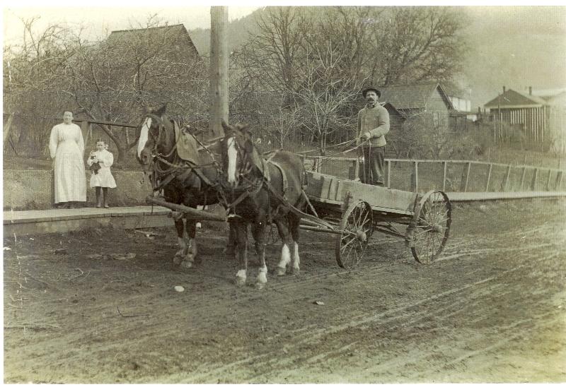 white-salmon-street-early-1900s