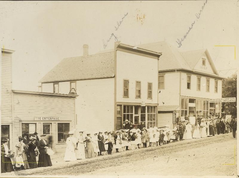 1907 White Salmon Jewett Blvd southside during parade