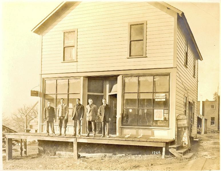 1909 White Salmon Store
