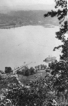 1917 White Salmon Dock
