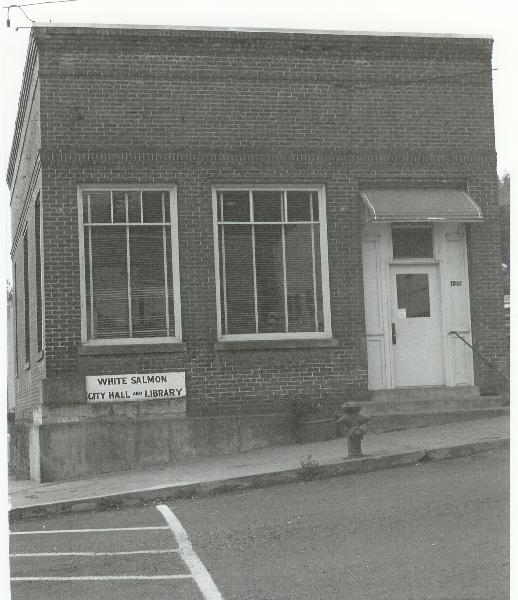 1963 corner of Main At Jewett, White Salmon