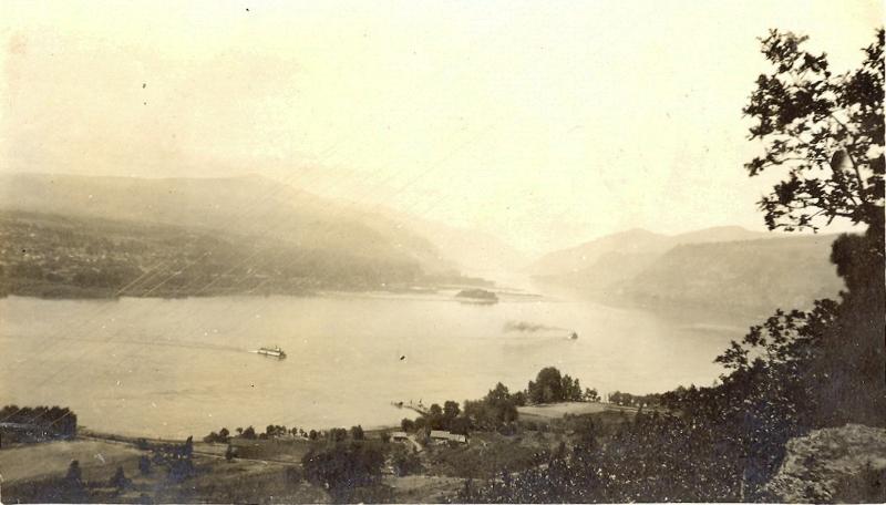 columbia-river-scene-before-1924