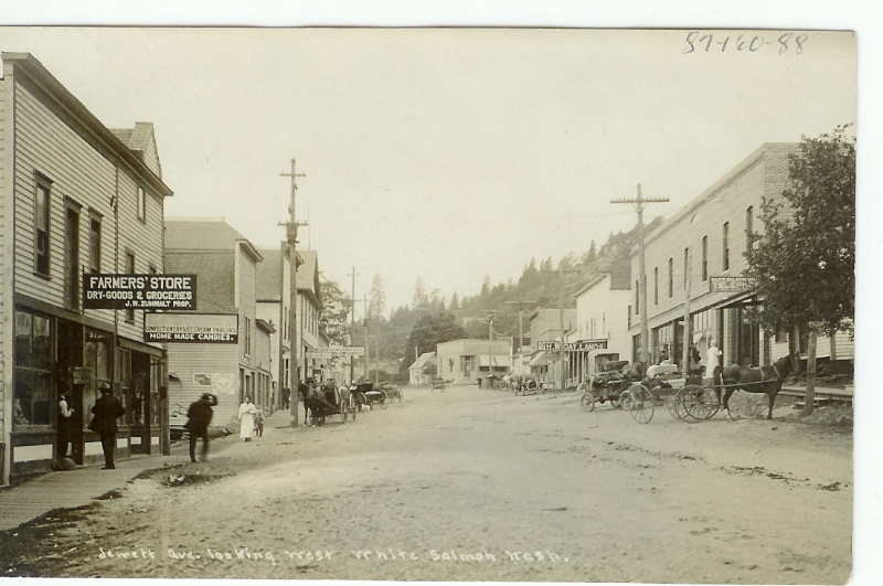 looking-west-on-jewett-in-white-salmon-early-1900