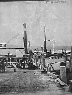 white-salmon-dock